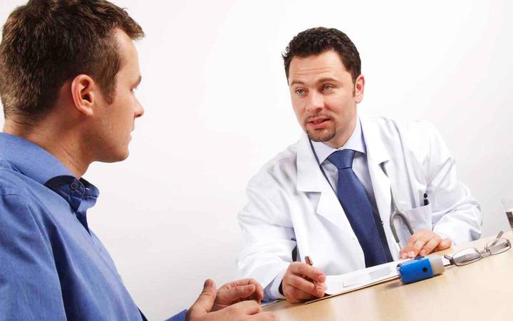Điều trị đau lưng mãn tính bằng liệu pháp tâm lý