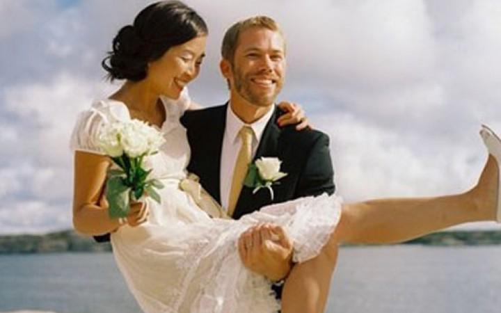 Bỗng nhiên chồng Tây 'mất tích' ở Thái Lan trước ngày cưới