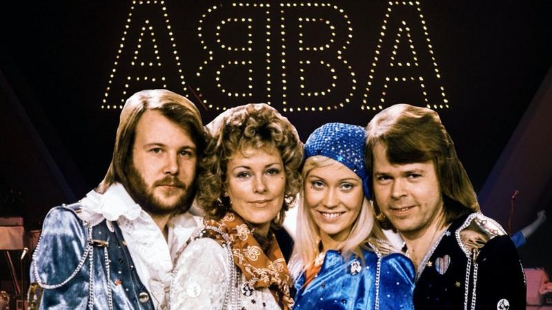 """Đón năm mới 2021, bồi hồi khi ca khúc """"Happy New Year"""" của ABBA vang lên"""